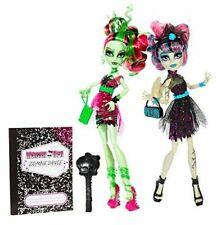Monster High Zombie Shake Rochelle Goyle & Venus McFlytrap 2 PK Dolls NRFB NEW
