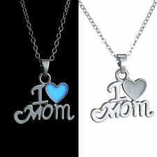 """""""I Love Mom """"Heart Silver Luminous Glowing in the Dark Pendant Necklace Hot"""