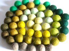 50 Filz Kugeln in grün Tönen