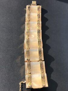 Gorgeous Mid Century Modernist Mother Of Pearl Gold Trimmed Design Vtg Bracelet