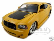 2006 DODGE CHARGER DAYTONA R/T HEMI YELLOW 1:18 DIECAST MODEL CAR BY JADA 96364