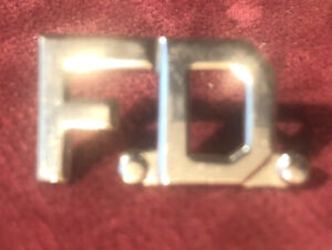 US FD FIRE Department Pin Badge Firefighter United States