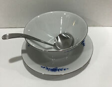Eschenbach Bavaria German Gravy Sauce Boat W/ attached underplate Blue Floral EC