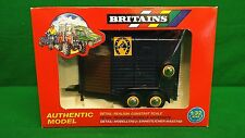 BRITAINS 9562 DOUBLE RICE HORSEBOX WITH HORSE  BOXED (BS204)