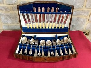 Antique Vintage 46 Pcs Silver Plate Cutlery Canteen,RELIANCE EPNS A1,Old Oak Box