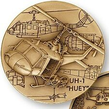 UH-1 IROQUOIS HUEY HELICOPTER VIETNAM WAR CHALLENGE COIN  MEDAL ENGRAVABLE