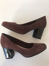 Clarks Aldwych Park Burgundy Suede Court Shoes UK 5 Mid Patent Heel