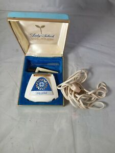 Vintage LADY Schick lite Touch Shaver w Built-in Light Complete in Box