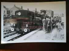 PHOTO  GWR CLASS 57XX LOCO NO 3737 AT EASTON - RCTS GREYHOUND 14/8/60