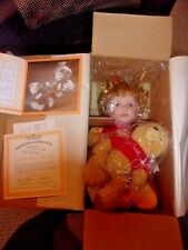 "ASHTON DRAKE/CINDY MCCLURE ""LET'S PLAY PATTY CAKE POOH""..NIB"