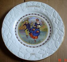 Coalport Collectors Plate CHRISTMAS 1981 - THE SKATERS Boxed
