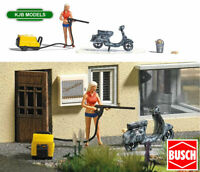 BNIB OO / HO BUSCH 7833 SCOOTER CLEANING SCENE - JET WASHER, FIGURE, SCOOTER ETC