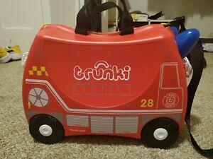 Trunki Kids Ride On Suitcase luggage (Frank Firetruck Red)