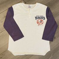 New York Yankees T Shirt Adult XS Vintage 90s Raglan MLB Baseball Retro USA