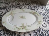 """Theodore Haviland Rosalinde (New York) 11"""" Serving Platter with Well"""