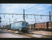C1524 - Dia slide 35mm original: chemin de fer France, SNCF Loc 7127, 1967