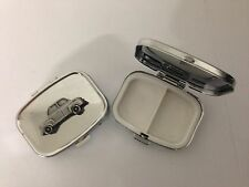 Gogomobile 400T ref89 pewter effect car emblem on a silver metal pill box