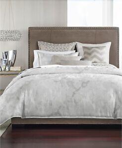 Hotel Collection FULL/QUEEN Comforter Interlattice Silver T94454