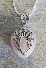 ROSE QUARTZ GEMSTONE HEART WITH ANGEL WINGS CHARM PENDANT ON A 50CM SP NECKLACE