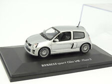 UH Universal Hobbies 1/43 - Renault Clio V6 Phase II Silver