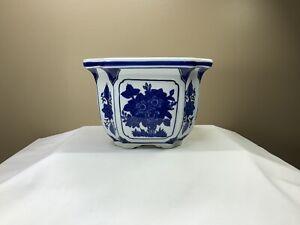 """Antique Porcelain Flower Pot - Blue/White Chinese 7"""" x 7"""" - Collectors Condition"""