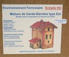 Colinter Productions : La Maison de Garde-Barrière à 2 étages  type Est  - HO