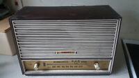 VINTAGE- FERRANTI - - VALVE  RADIO- MODEL U1033  UNTESTED - SPARES / REPAIRS