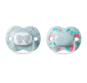 Tommee Tippee Little London Orthodontic Pacifier 2-Pack Size 6-18 Months Grey