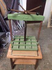ULMIA Presse 90Kg Spindelpresse 40x50cm Stockpresse Buchpresse mit Tisch