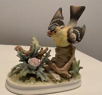 Vintage Lefton Gold Finch Bird Figurine #7130