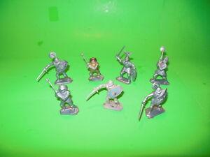 LOT J Set Of 7 LONE STAR England Plastic Medieval Knights Figures Harvey Series