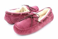 UGG DAKOTA FULLY LINED SUEDE  BOUGAINVILLEA COLOR SLIPPER SIZE 6 US