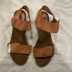 Sofft Womens Verdi Leather Open Toe Casual Slingback Sandals, Luggage, Size 9.0