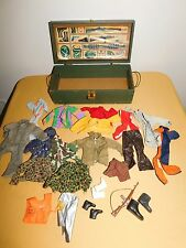 VINTAGE TOY GI JOE WOOD FOOT LOCKER BOX WITH ACCESSORIES CLOTHES