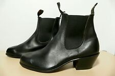 RM Williams Bushman Boots - size men's 8.5G - ladies 11 - close to new