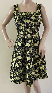 Cue In The City Fit And Flare Dress Size 8 Green Black Jacquard Exposed Zipper