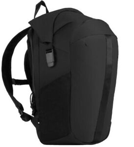 Incase Allroute RollTop Backpack for Macbooks / Laptops / Tablets - Black