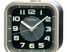 SEIKO Wecker, Quarz analog, durchlaufende Sekunde, Beleuchtung, QHE128T