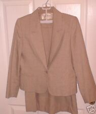 "Womens Beige Textured Suit John Meyer Petite 10 Chest 36"" Waist 26"" Length 25"""