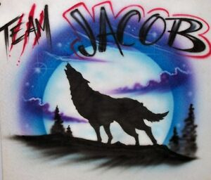 Airbrushed Twilight Team Jacob Wolf  Moon Airbrush any Name Men's Women's shirt