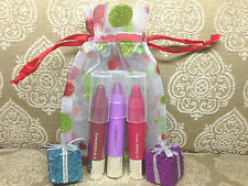 CLINIQUE SET OF CHUBBY STICK CHUNCKY CHERRY, BROADEST BERRY, FREESIA + BAG