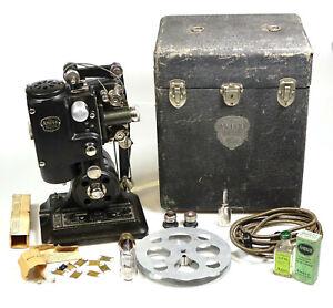 Vintage AMPRO Precision Projector, RARE Collectible.      #DR6827