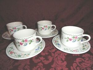 ( 4 ) Farberware Stoneware English Gardens 225 Coffee Cups and Saucers Set