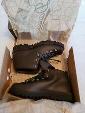 *NEW* Danner Mountain Light II, 10D Mens Hiking Boots 30800