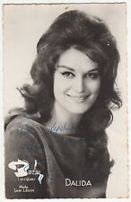 DALIDA AUTOGRAPHE SUR CARTE DISQUES BARCLAY PHOTO SAM LIEVIN