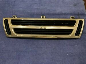 1988 - 1993 Classic Saab 900 1994 900 Convertible Chrome Grille
