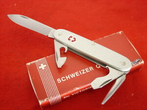 "Victorinox Swiss Army Switzerland 3-3/4"" Alox Aluminum Pioneer Knife MINT"