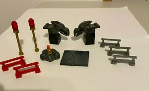 Mega Bloks Lot Gargoyles Fence Firepit Knight Medieval Castle