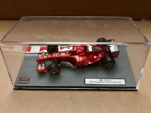 Diorama 1/43 Base Hot Wheels Ferrari F2004 M.Schumacher W.C. 2004