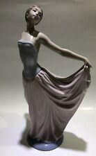 Collectible Lladro Spain Woman Ballet Dancer Pink Dress 5050 Porcelain Figurine
